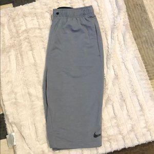 Ike athletic shorts